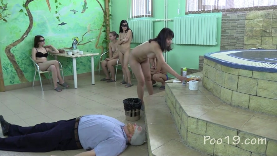5 Girls tear up the toilet slave and MilanaSmelly  2018 [HD 1280x720] [1.29 GB]