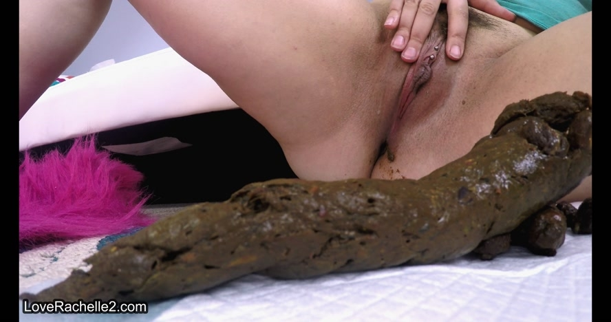 Watch Me PUSH Super Long & Thick Turds and LoveRachelle2 2017 [UltraHD/4K 4096x2160] [1.08 GB]