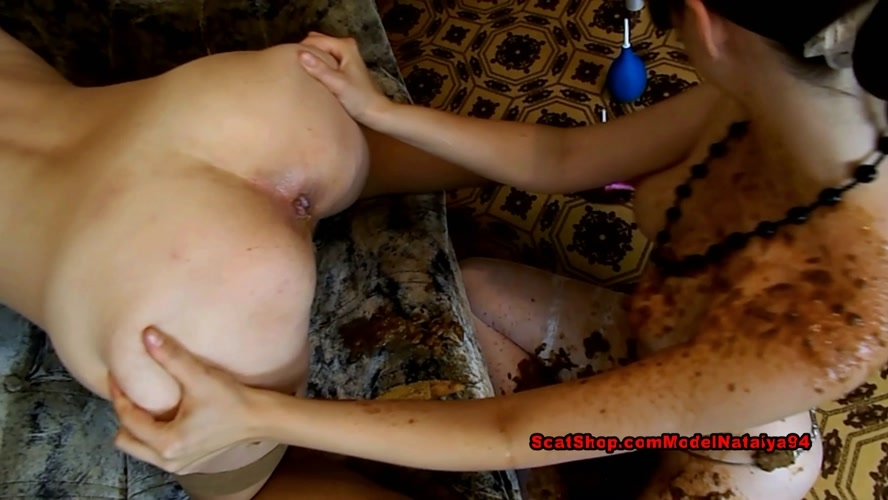 Marina and Caroline dirty show and ModelNatalya94 2019 [FullHD 1920x1080] [1.18 GB]