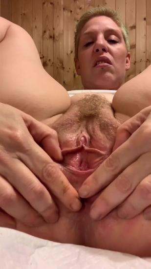 Jerk off to my Hole and XshayXshayX 2020 [UltraHD/2K 1080x1920] [1.07 GB]